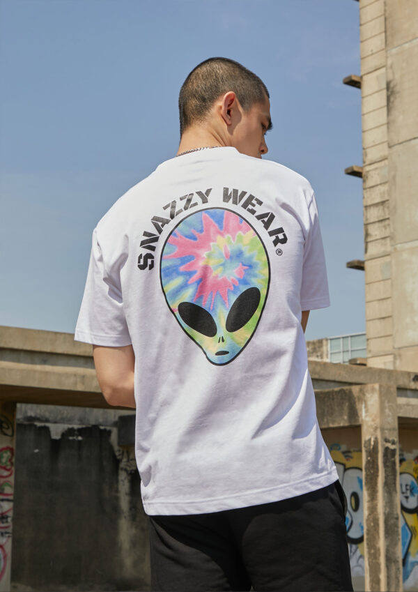 SNAZZY Alien Day T-shirt 1